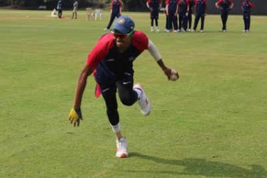 Locked in a academy, Akash prepares for Royals outing