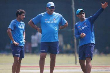 Virat Kohli-led Indian cricket team wishes 'brave' Ravi Shastri 58th birthday